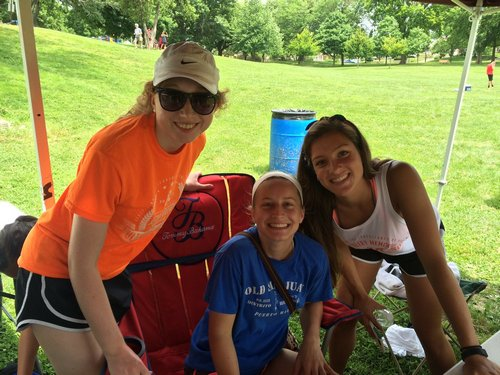 Scecina High Schoolers Raise $1,000 with Ultimate Frisbee Tournament