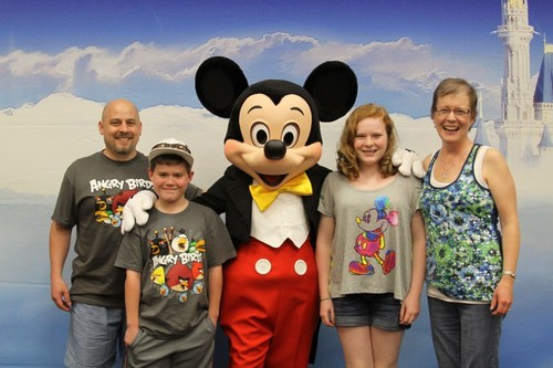 Haylee with Her Family at the May 2012 Orlando Legacy Retreat®